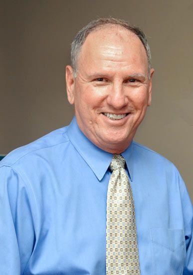Dr. Victor Siegel
