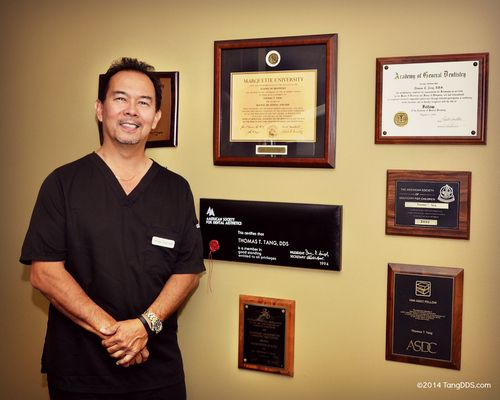 Brookfield Cosmetic Dentist Dr  Thomas Tang | Accredited