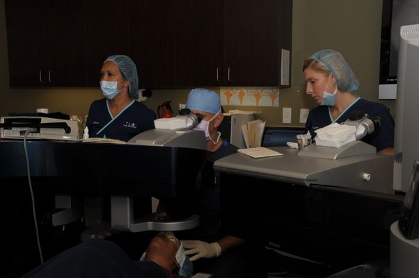 Dr. Holzman performing LASIK