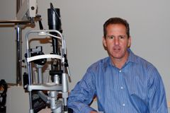 Dr. Levin - Ophthalmologist
