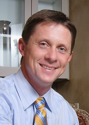 Our cosmetic dentist, Dr. Brian Bell