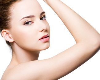 Woman with arm contouring