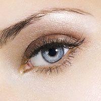 A blue eye