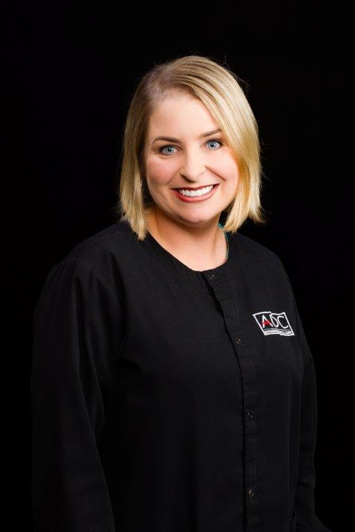 Erin Moore, RDH – Hygienist