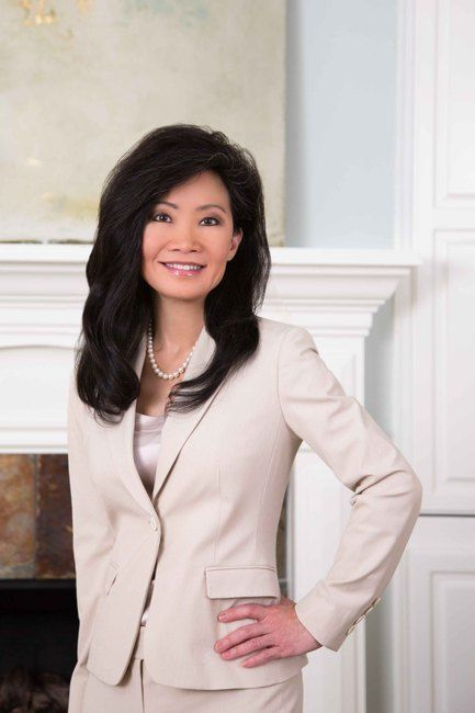 Plastic Surgeon Suzanne Yee