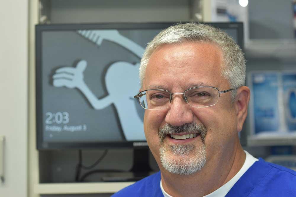 Dr. Gerald Lande
