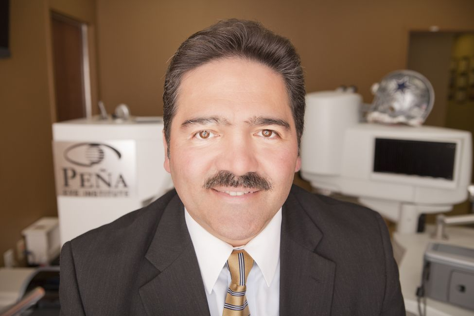 Our eye surgeon, Dr. Raul Peña