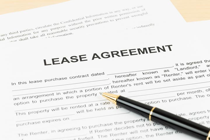 image of lease agreement