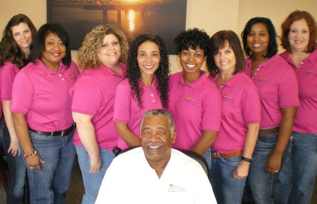 Dr Nash and the dental team at Nash Family Dentistry
