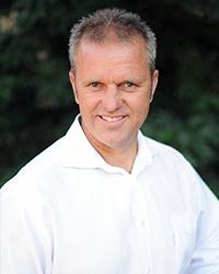 Dr. Fredercik Tres Hoffer