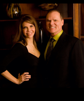 Cosmetic Surgeon in Little Rock, AR Dr. Michael Devlin and his wife Lesli Devlin,RN,BSN.RNC