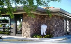Desert Dental Alternatives office and tooth sculpture