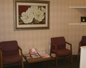 The waiting area of Advanced Periodontics and Dental Implants