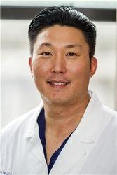 Dr. Andrew Paek's headshot