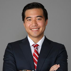 Dr. Raymond Kim