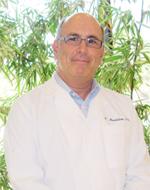 Optometrist Dr. Moshe Mendelson.