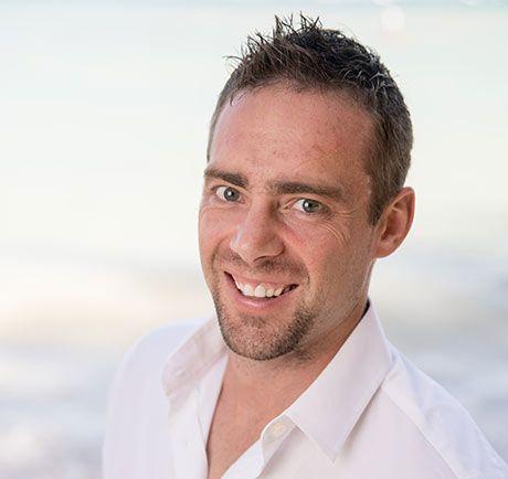 Dr. Steve Ollason